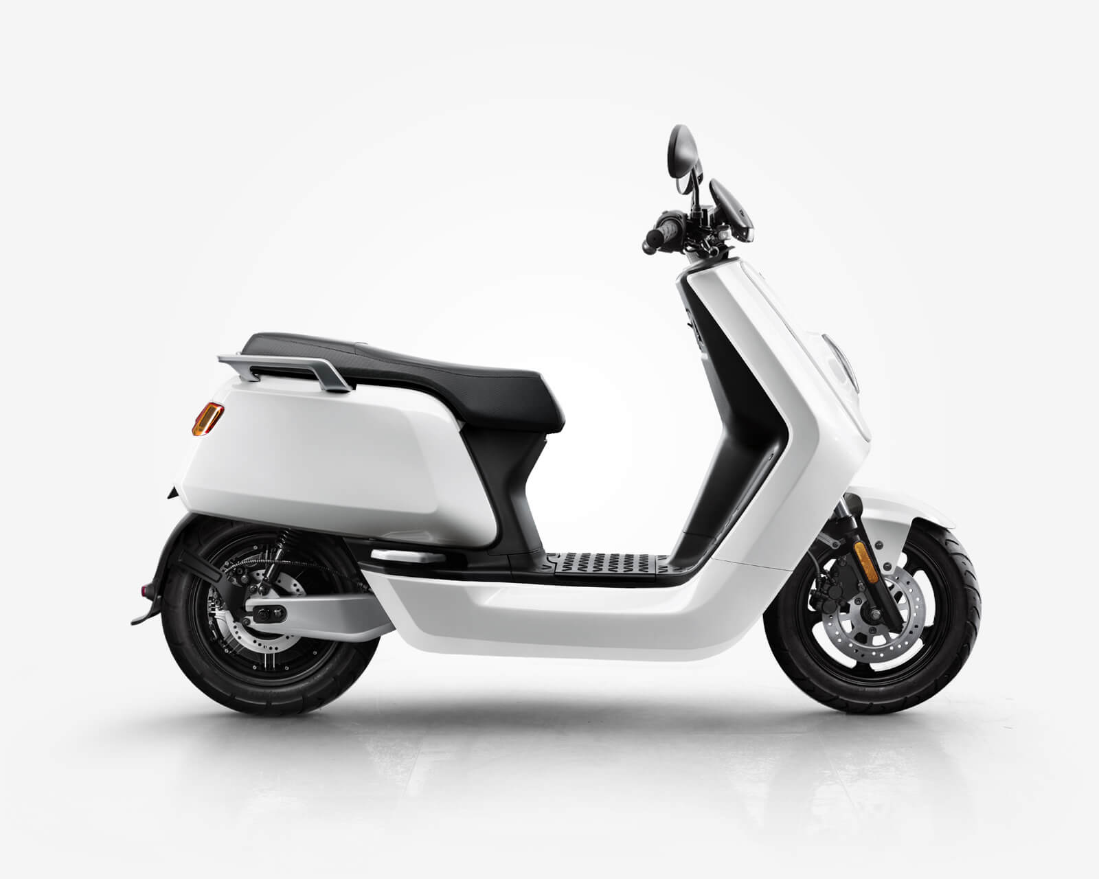 nqi series niu electric scooter. Black Bedroom Furniture Sets. Home Design Ideas